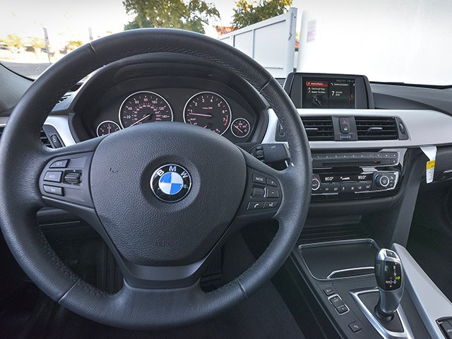 2018 BMW 3-Series Sdn 320i – Stock #P12393