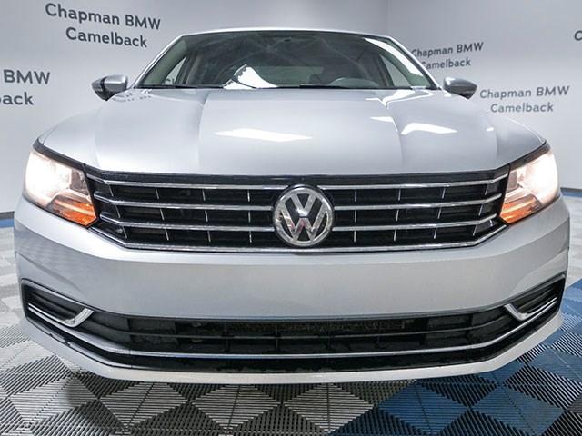 Used 2018 Volkswagen Passat 2.0T SE
