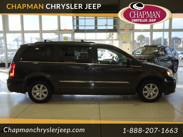 2011 Chrysler Town and Country Touring Details