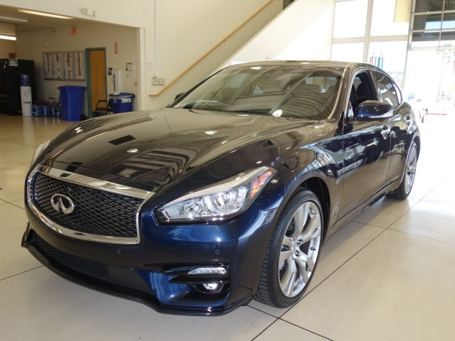 used 2015 infiniti q70 3 7 for sale stock 17j097a chapman chrysler jeep. Black Bedroom Furniture Sets. Home Design Ideas