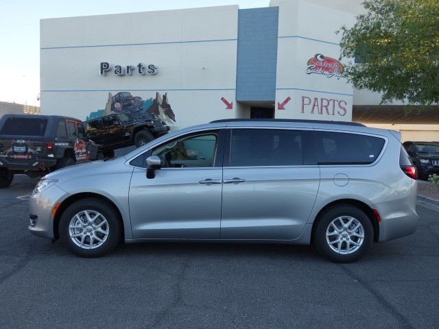 2017 chrysler pacifica touring l for sale stock 17c129. Black Bedroom Furniture Sets. Home Design Ideas