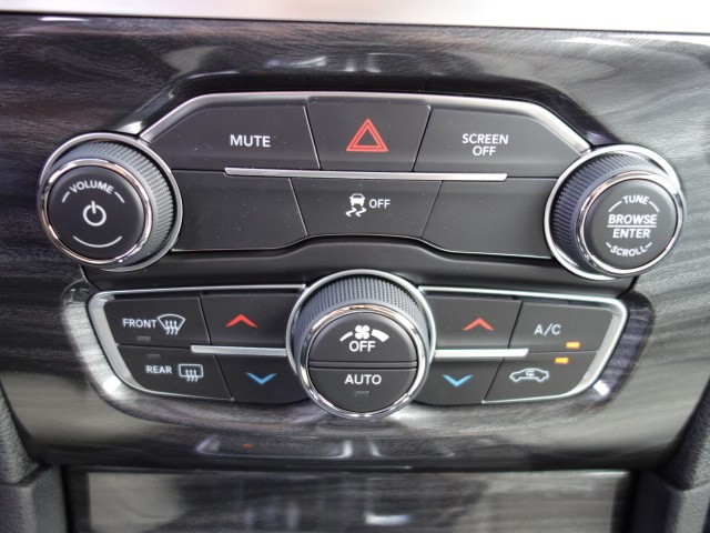 2018 Chrysler 300 Touring – Stock #18C116