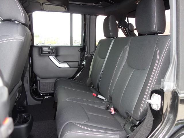 2018 Jeep Wrangler Unlimited Sahara – Stock #18J631