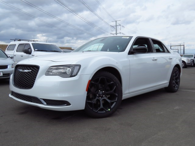 Discount Auto Parts Online >> New 2020 Chrysler 300 Touring - 20C046 | Chapman Chrysler Jeep
