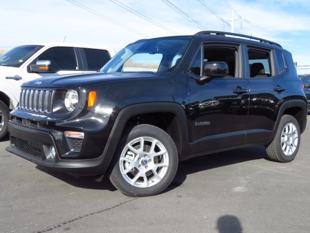 2020 Jeep Renegade Latitude 9-Speed Automatic w/Manual Shift 4X4