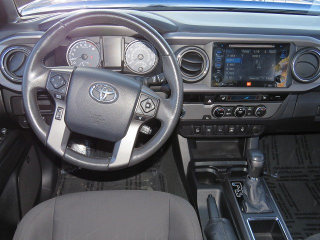 2016 Toyota Tacoma SR5 Crew Cab