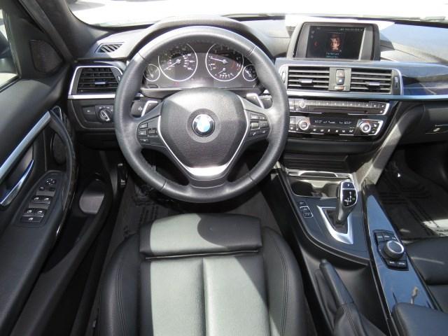2018 BMW 3-Series 330i xDrive