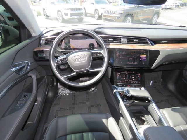 2019 Audi e-tron quattro Prem Plus