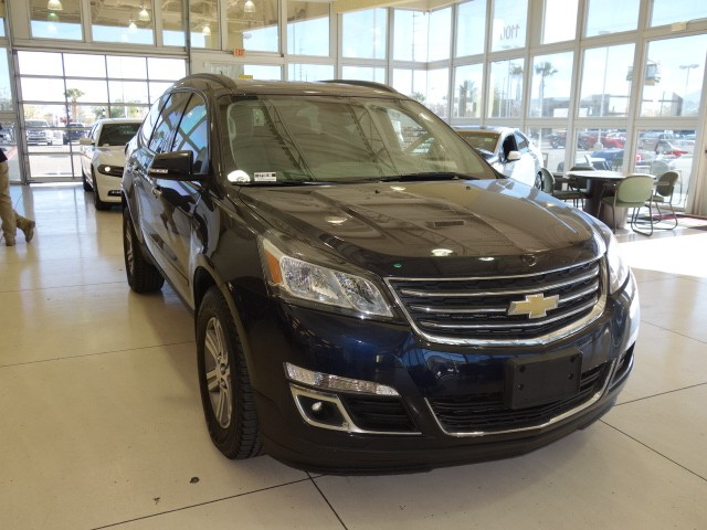 used 2016 chevrolet traverse lt for sale stock cp70180 chapman chrysler jeep. Black Bedroom Furniture Sets. Home Design Ideas