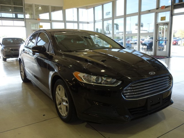 used 2016 ford fusion se for sale stock mc72982 chapman chrysler jeep. Black Bedroom Furniture Sets. Home Design Ideas