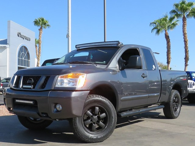 2011 Nissan Titan PRO-4X Extended Cab