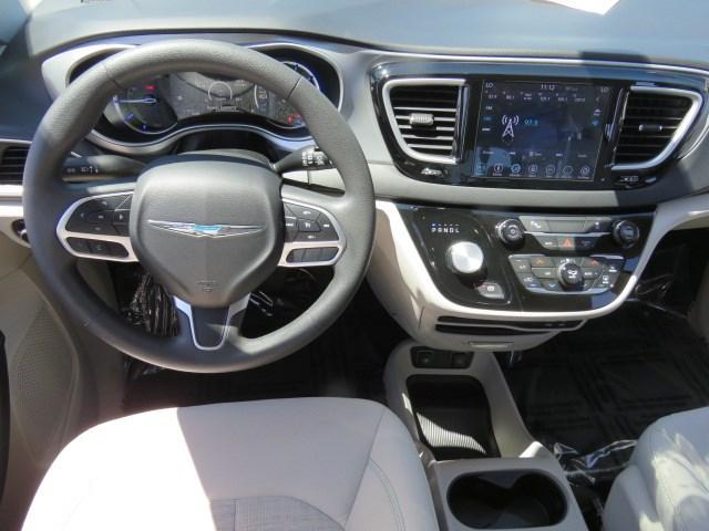 2018 Chrysler Pacifica Hybrid Touring Plus