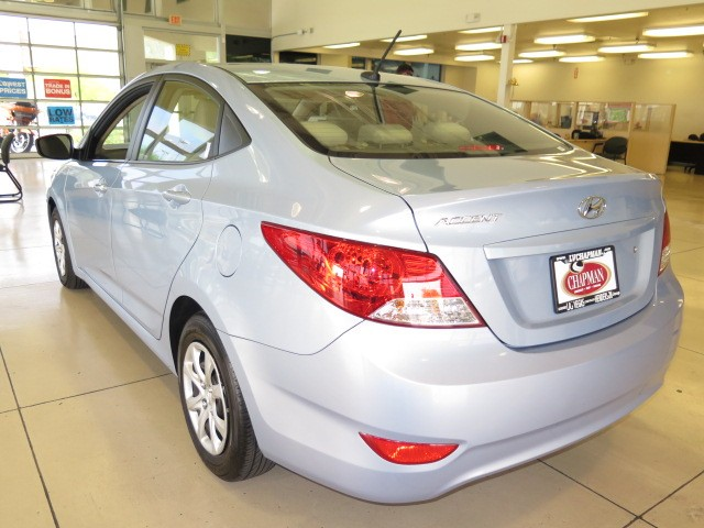 used 2013 hyundai accent gls for sale stock pc1093 chapman chrysler jeep. Black Bedroom Furniture Sets. Home Design Ideas