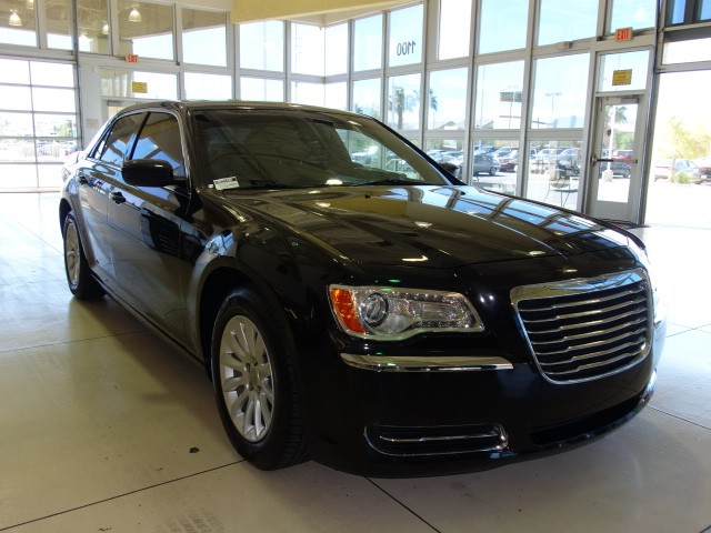 used 2014 chrysler 300 for sale stock pc2149a chapman chrysler jeep. Black Bedroom Furniture Sets. Home Design Ideas