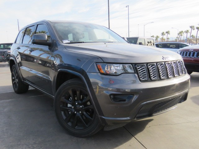 2018 Jeep Grand Cherokee Altitude