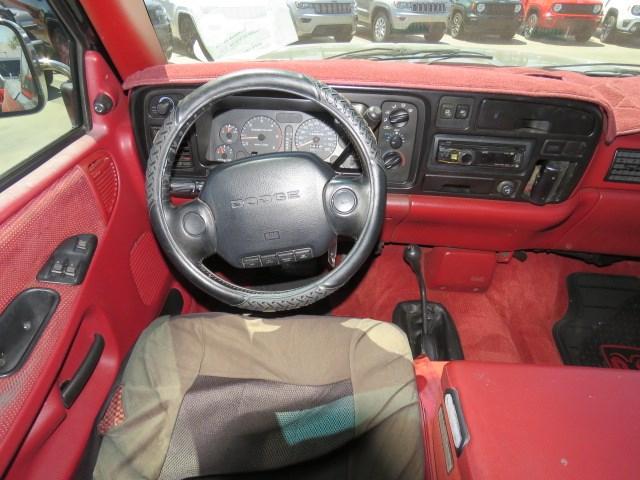 1995 Dodge Ram 2500 ST Extended Cab