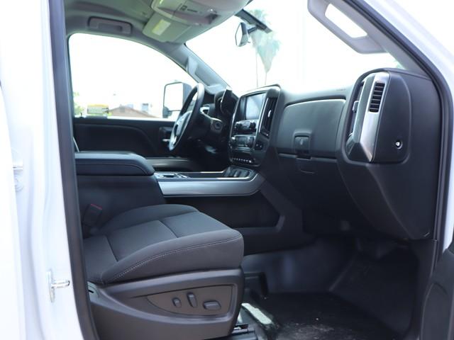 2019 Chevrolet Silverado 5500HD Crew Cab Chassis