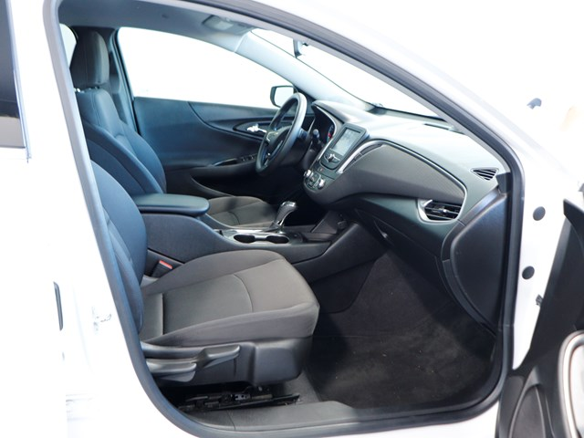 Used 2017 Chevrolet Malibu LS