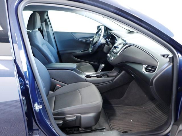 Used 2016 Chevrolet Malibu LT