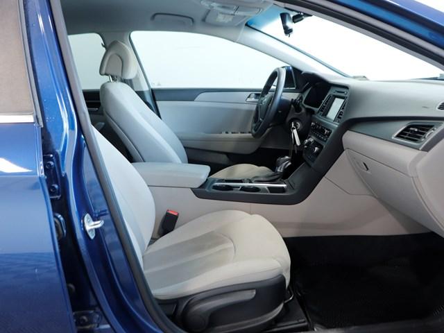 Used 2017 Hyundai Sonata SE