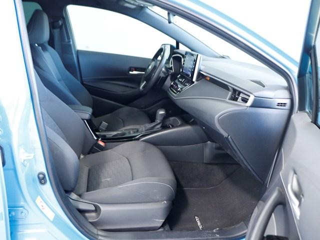 Used 2019 Toyota Corolla SE Hatchback