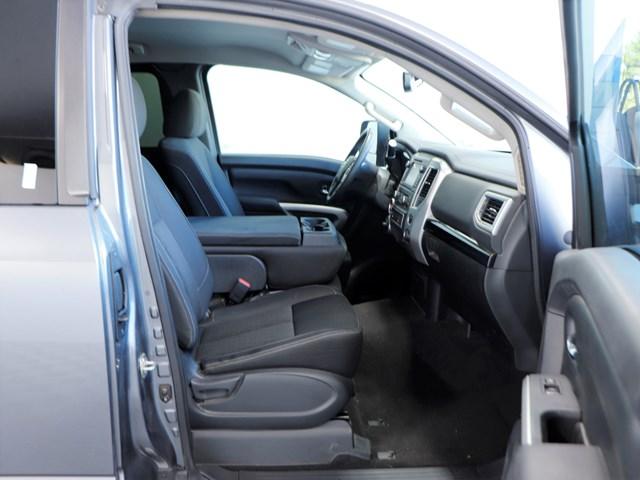Used 2017 Nissan Titan SV Extended Cab