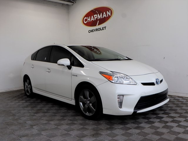 Used 2015 Toyota Prius Five