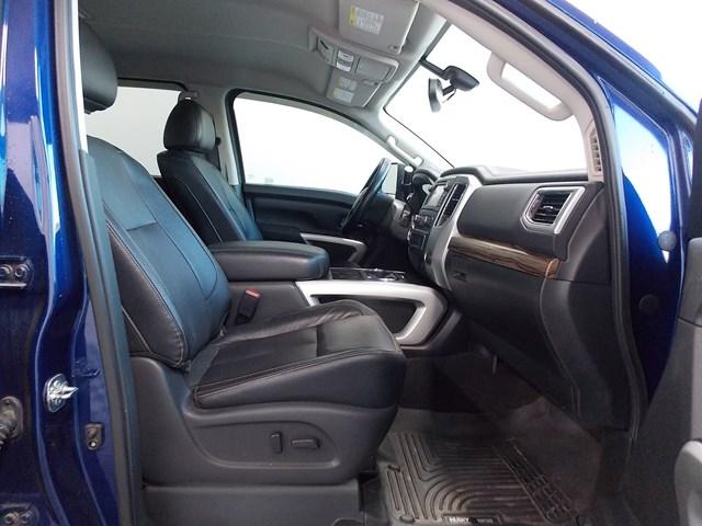 2017 Nissan Titan XD SL Crew Cab