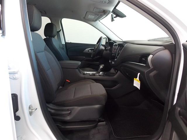 2021 Chevrolet Traverse 1LT Cloth