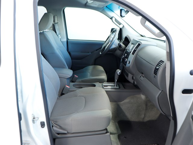 Used 2016 Nissan Frontier SV Crew Cab