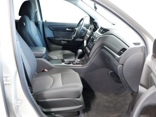 Used 2017 Chevrolet Traverse LT