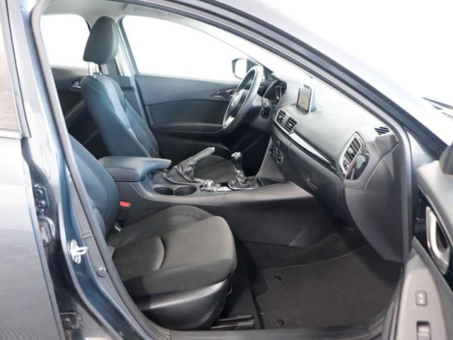 Used 2016 Mazda3 i Sport