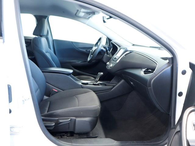 Used 2018 Chevrolet Malibu LT