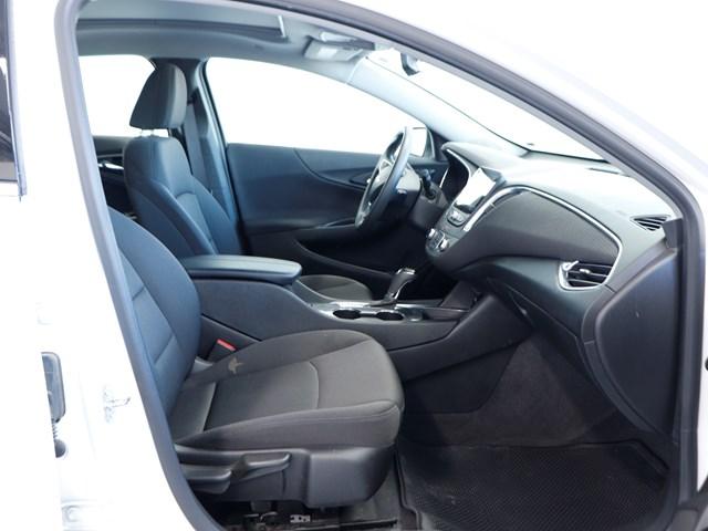Used 2019 Chevrolet Malibu LT