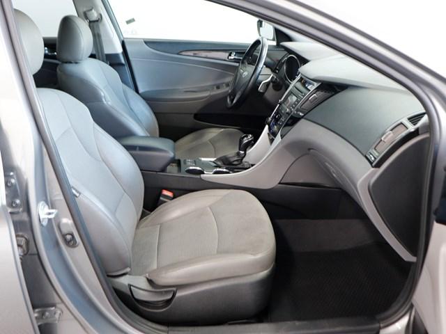 Used 2014 Hyundai Sonata SE 2.0T