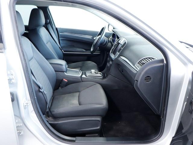 Used 2019 Chrysler 300 Touring