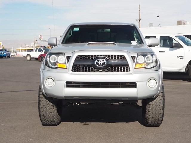2011 Toyota Tacoma PreRunner Crew Cab