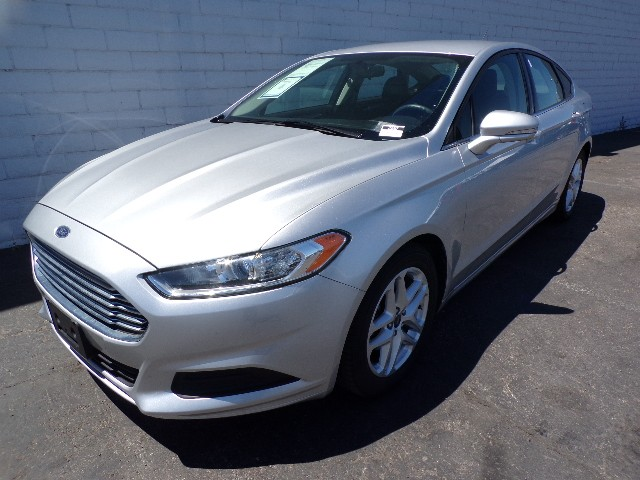 used 2016 ford fusion se for sale stock 29297 chapman chrysler jeep. Black Bedroom Furniture Sets. Home Design Ideas
