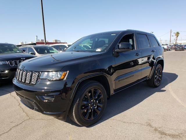 2020 Jeep Grand Cherokee Altitude 8-Speed Automatic w/Manual Shift 4X2