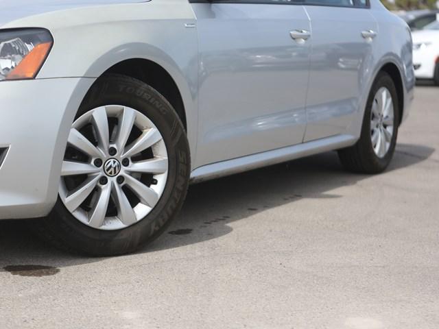 2015 Volkswagen Passat 1.8T Wolfsburg Edition PZEV