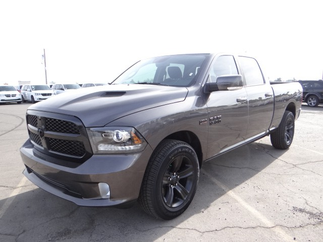 2017 ram 1500 crew cab night r7123 chapman automotive. Black Bedroom Furniture Sets. Home Design Ideas
