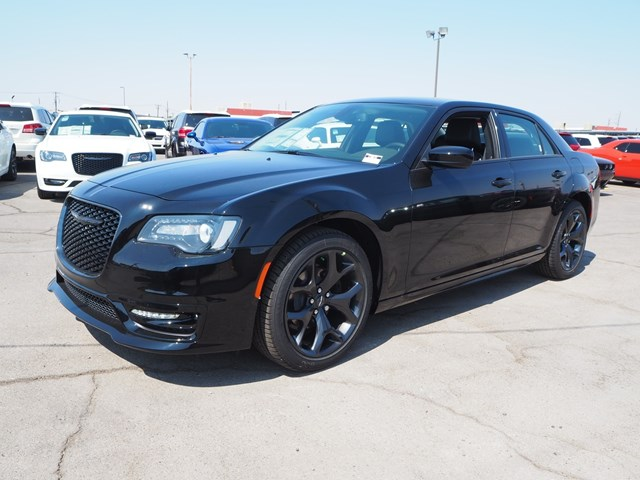 2020 Chrysler 300 Touring L