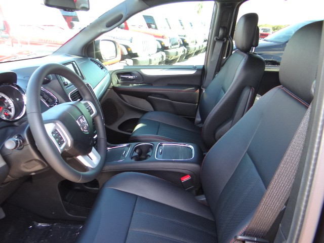 2016 dodge grand caravan r t d6057 chapman automotive group. Black Bedroom Furniture Sets. Home Design Ideas