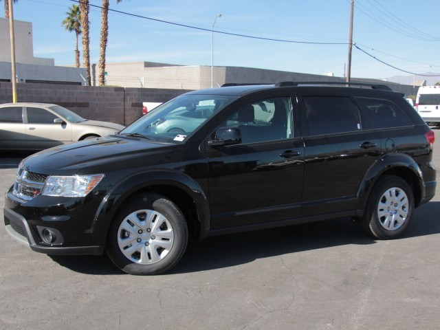2019 Dodge Journey SE 4-Speed Automatic w/Manual Shift FWD