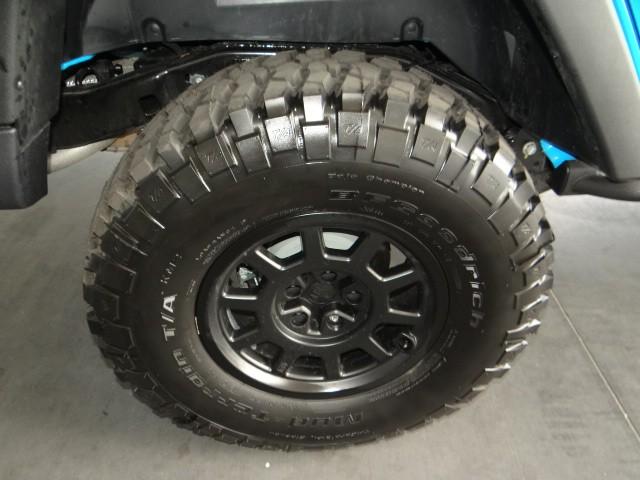 2017 jeep wrangler rubicon manual suv