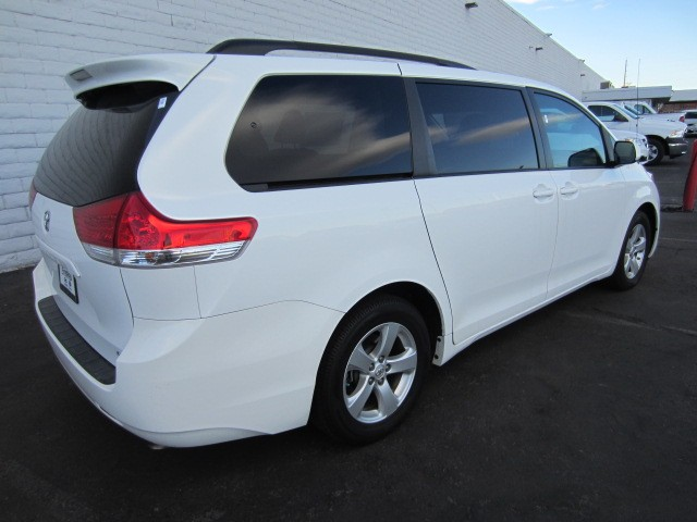 Used 2013 Toyota Sienna Le Mobility 7 Passenger For Sale
