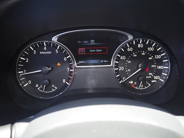2016 Nissan Pathfinder SL