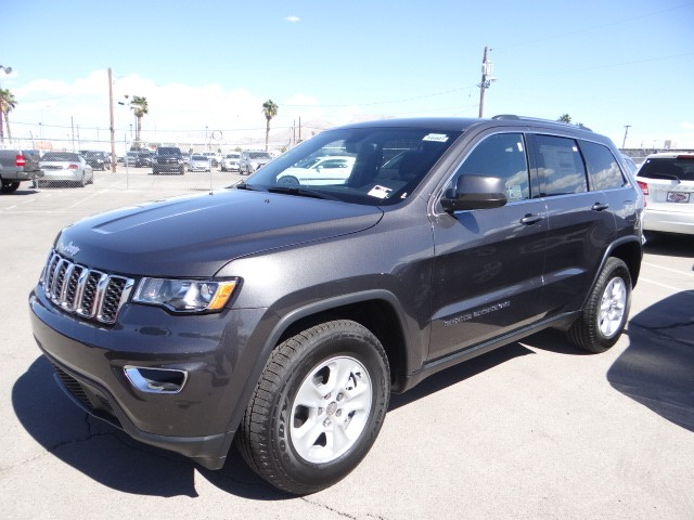Chapman Dodge Las Vegas >> 2017 Jeep Grand Cherokee Laredo E - #T3438 | Chapman Automotive Group