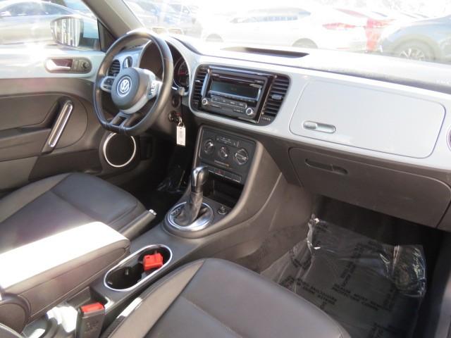 2014 Volkswagen Beetle 2.5L PZEV – Stock #217261A