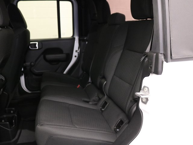 2021 Jeep Gladiator Willys Sport